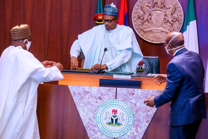 Improved Gold mining operations will generate 250k jobs, $500m in royalty, tax annually - Buhari 1