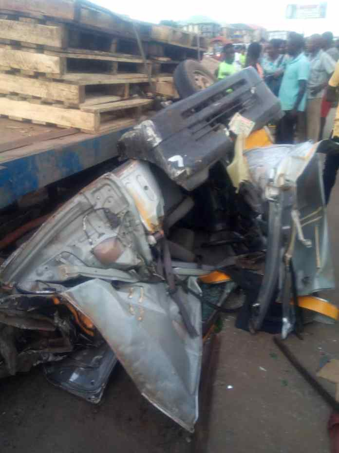 Truck driver flees after crushing man to death in Onitsha 1