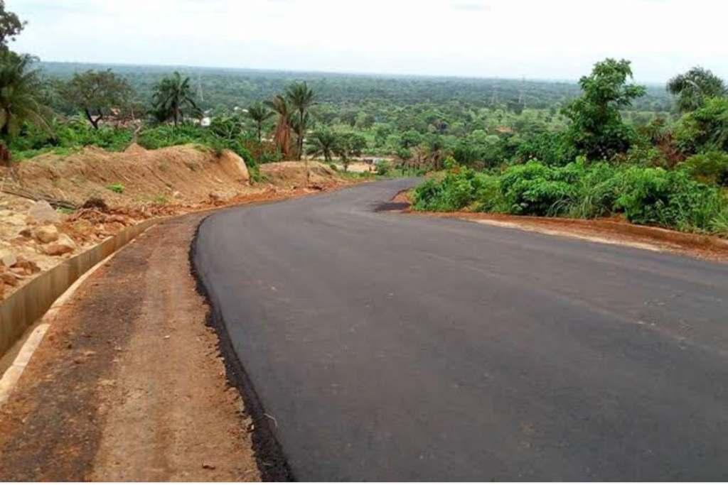Youths construct 3.7km road in Enugu community 3