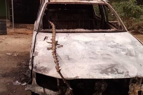 Unknown gunmen kill Police Inspector, set van ablaze in Akwa Ibom 3