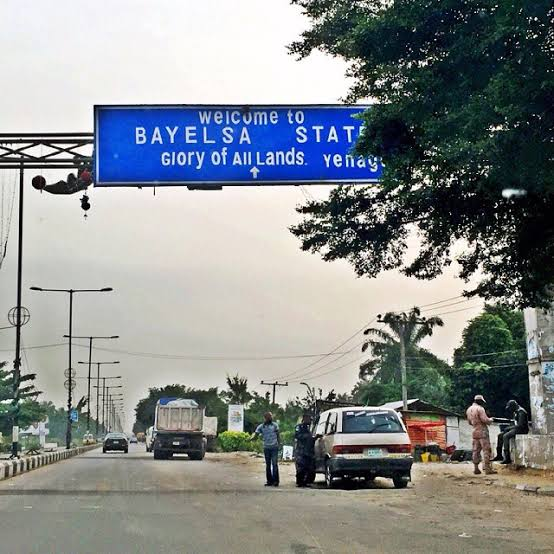 Woman in Bayelsa stabs her 21-year-old boyfriend to death over missing N1500 3