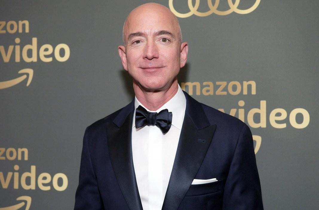 Jeff Bezos to step down as Amazon CEO 3