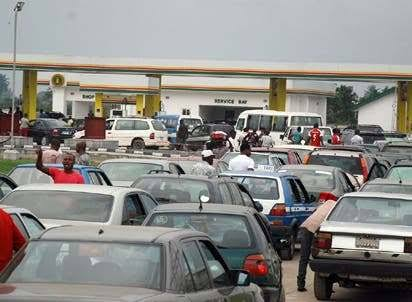 Fuel queues resurface in Abuja 3