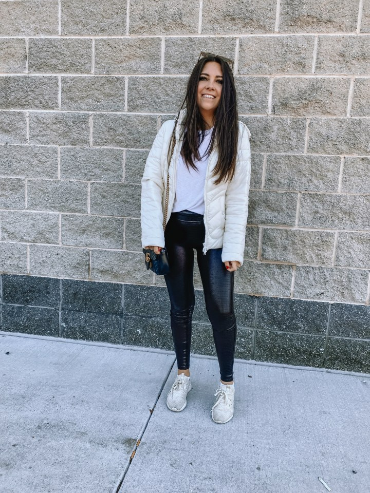 sporty puffer jacket outfit