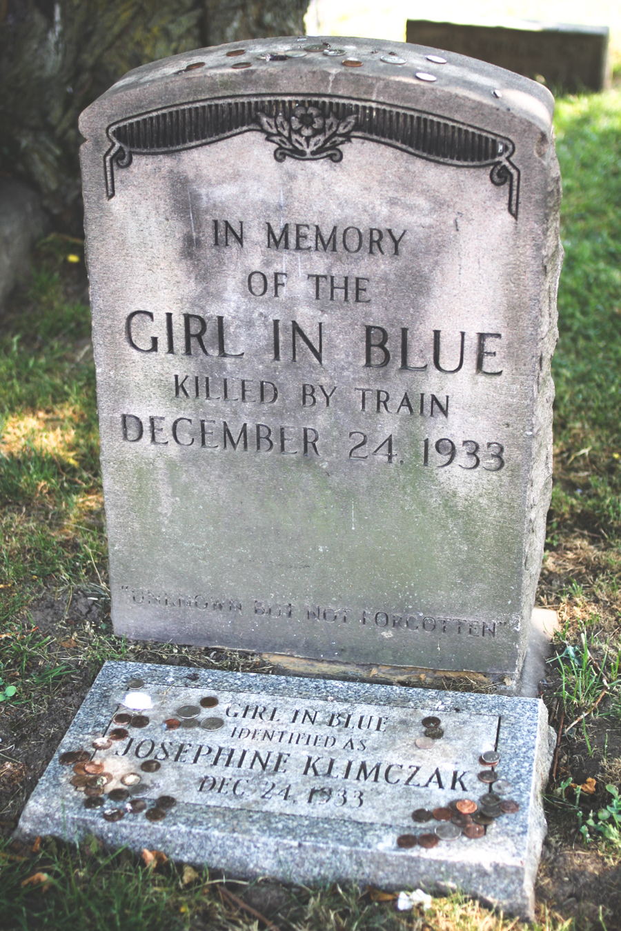 girl in blue, killed by a train, headstone, josephine klimczak