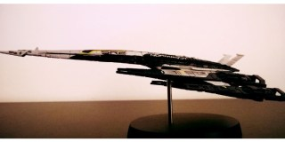 My Stuff: Mass Effect – Cerberus Normandy SR-2 – Replica