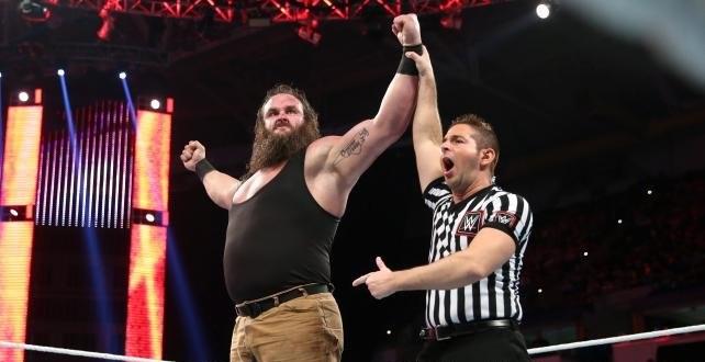 Braun-Strowman-After-Winning-The-Match
