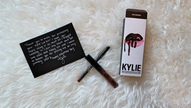 KYLIE Lipstick & Lip Liner