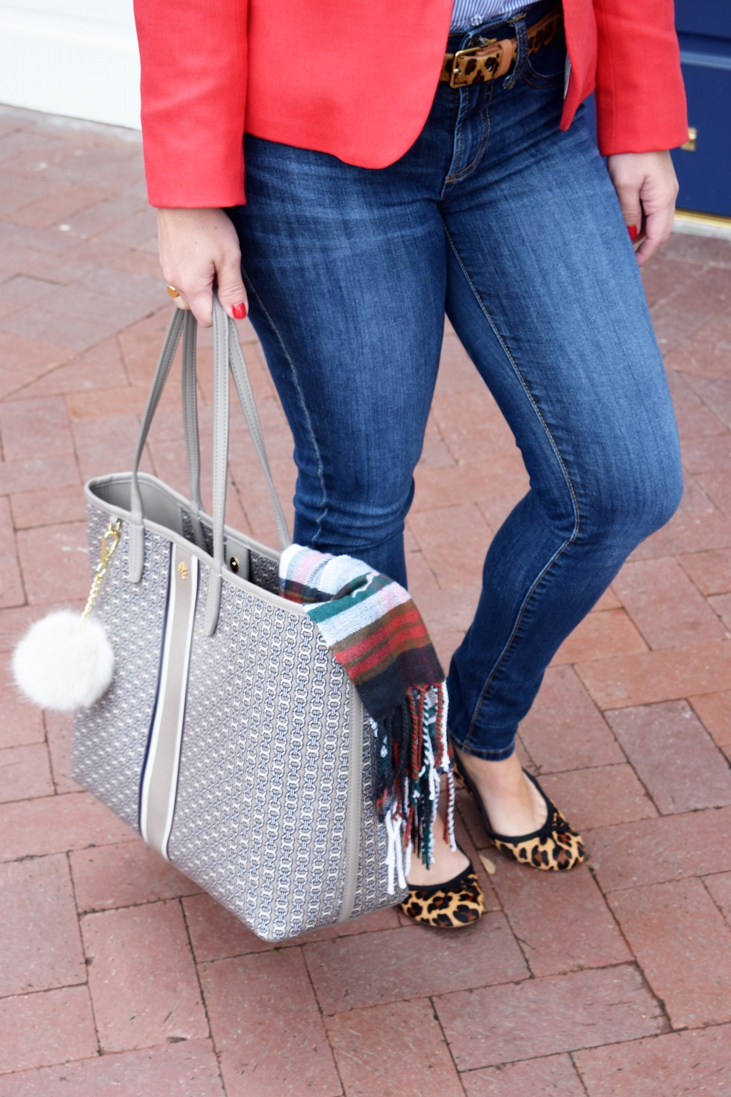 Chain Link Tote| Plaid Scarf