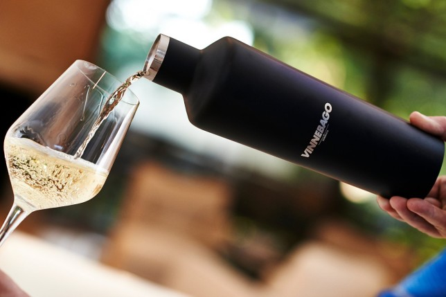 Corkcicle Vinnebago -- alcohol gifts from @thedashanddine