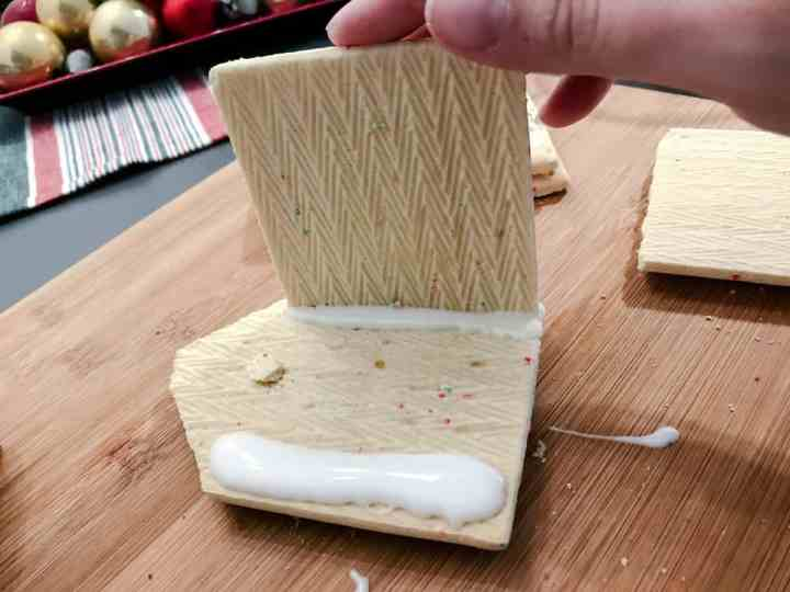 Pop Tarts are being held together by royal icing.