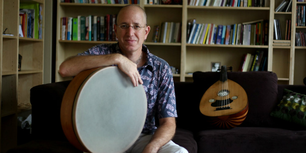 Yinon Muallem's musical world goes 'Offline'