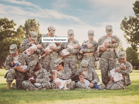 Photo of military moms breastfeeding in uniform goes viral