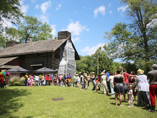 Michigan Log Cabin Day draws a crowd in Detroit
