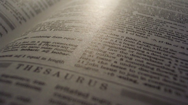 Oxford Learner's Thesaurus app offers free downloads