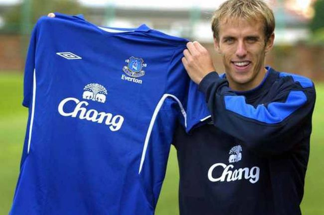 Lee Carsley tribute to 'true example' Phil Neville as skipper announces ...