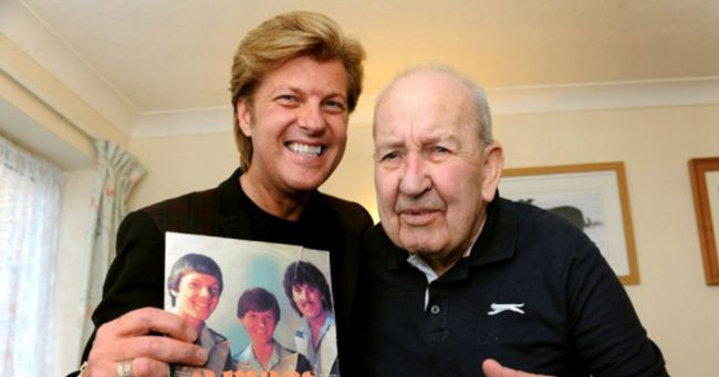 Blind Scots pensioner takes iTunes chart by storm after writing hit anthem My ...