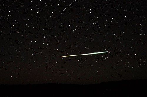 Lyrid Meteor Shower Expected to Offer Stunning Celestial Display April 22nd ...
