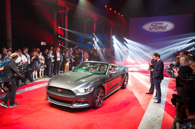Quick Peek at the 2015 Ford Mustang Convertible at NYC Reveal