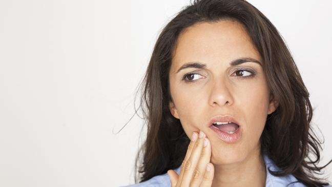 5 surprising ways to tackle the agony of toothache