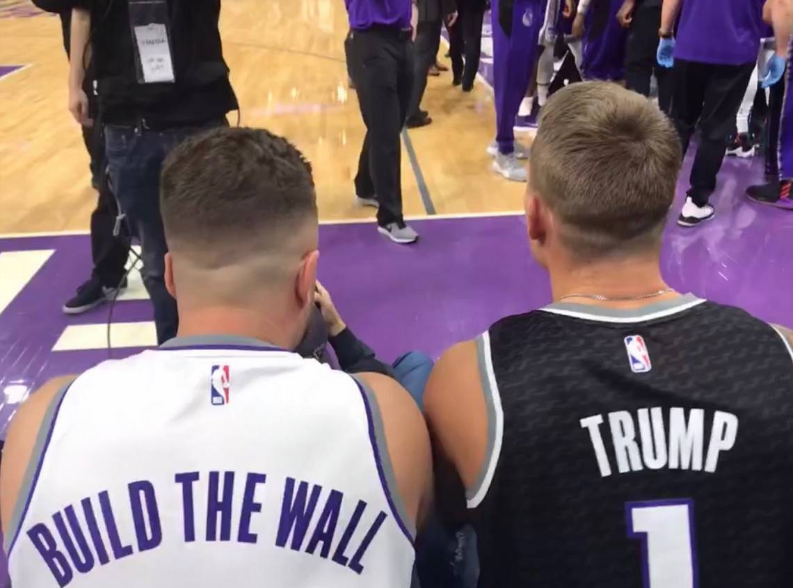 NBA Fans Wear 'Build The Wall' Jersey at Game, Snowflakes Melt
