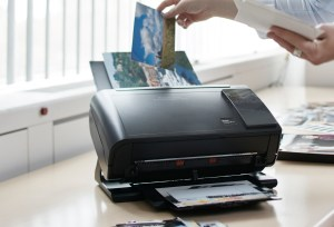 Kodak Picture Saver Scanner for high quality scanning