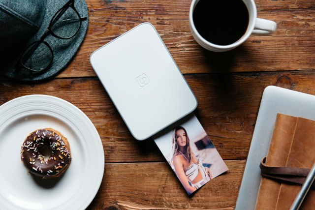 Lifeprint Launches New 3×4.5-inch Socially Connected, Augmented Reality Photo & Video Printer Exclusively at Apple