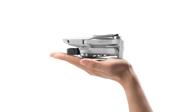 DJI unveils Mavic Mini, a light and small foldable drone