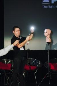Profoto debuts lighting device for smartphones