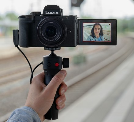 Panasonic debuts LUMIX G100 vlogging camera
