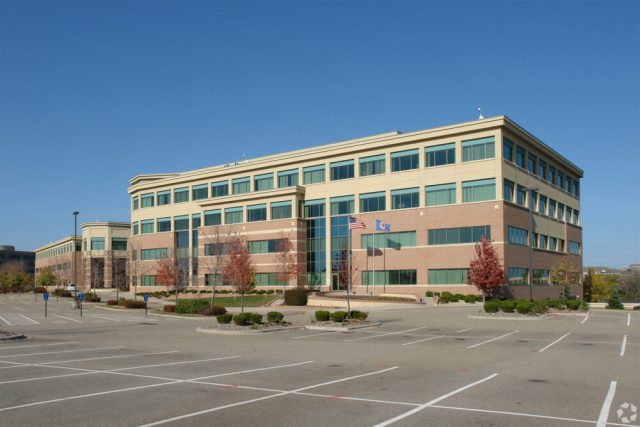 Shutterfly is putting Eden Prairie office building up for sale