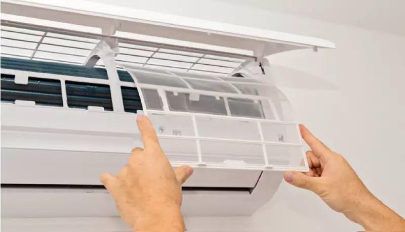 check up del condizionatore mensilmente per risparmiare sulle bollette elettriche