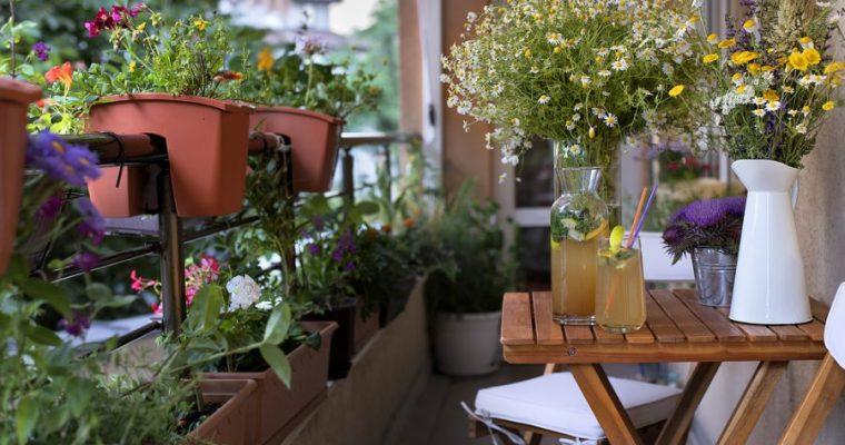 Balkon en bloemen, hoe fleur je je balkon op