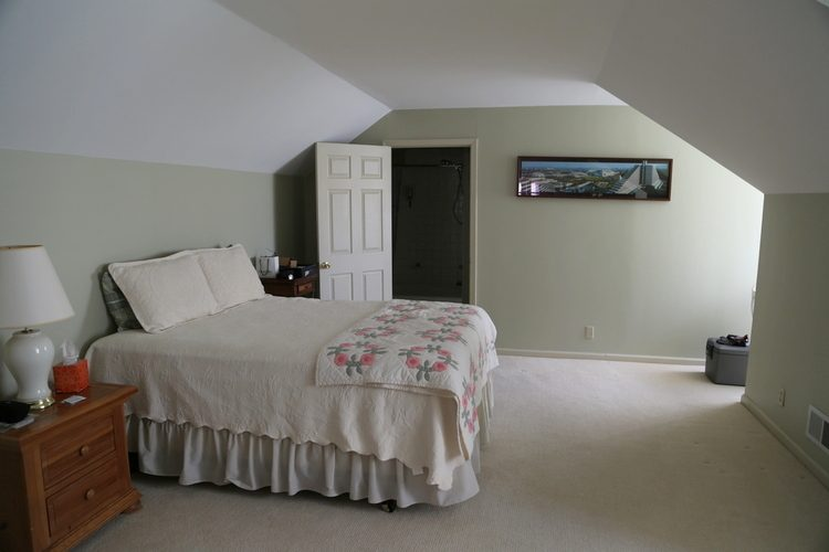 How to paint a room with slanted ceilings www for Painting rooms with angled ceilings