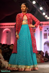 Loved the ethnic feel of this turquoise blue lehenga