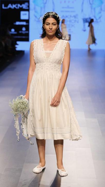 Western wear - Dress - Pero - White lace summer midi dress - Lakme Fashion Week Summer-Resort 2016