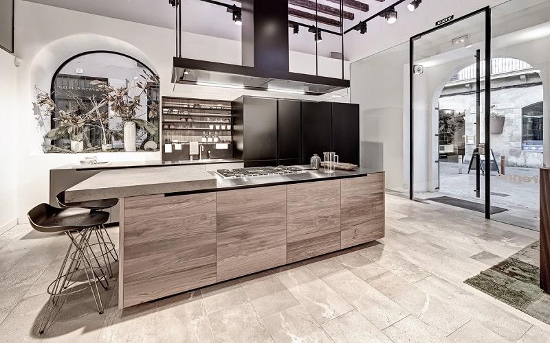 Modern Spacious Kitchen Designs By Varenna