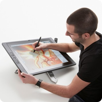 Rotate the Wacom Cintiq 22 to draw