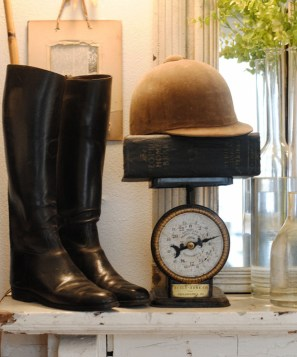 An equestrian-themed vignette! | via http://laurieannas.blogspot.com/2012/01/farmhouse-bedroom-reveal-farmhouse.html