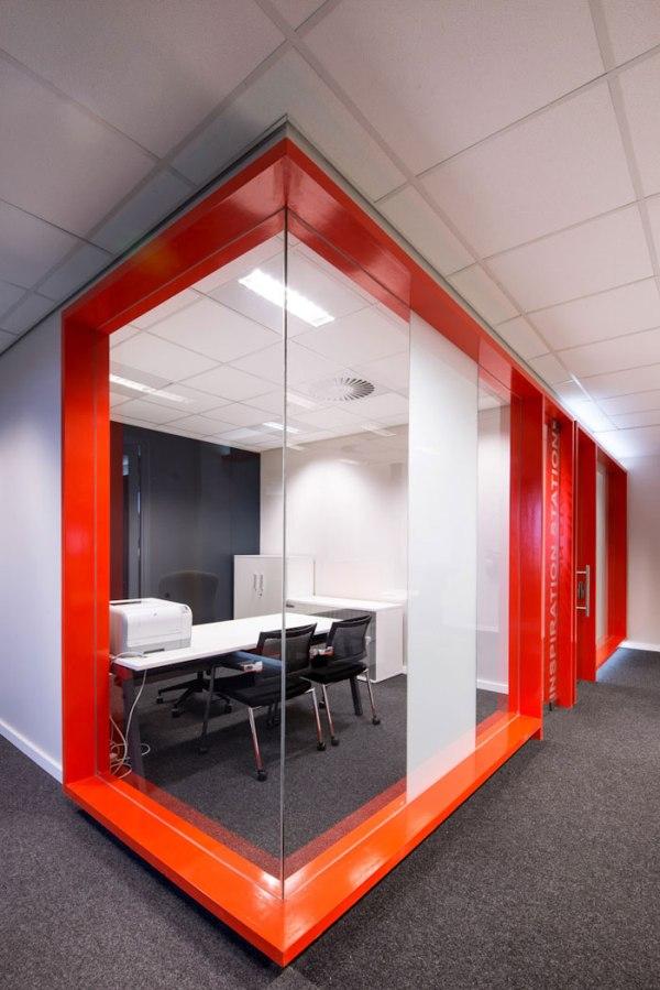 Regent Insurance Flagship Office - Meeting Room