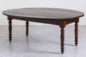 Decor Dictionary: Drop-Leaf Table