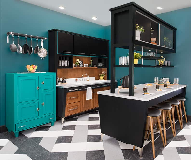 Retro-Modern kitchen by Wellborn Cabinet Inc at KBIS 2018