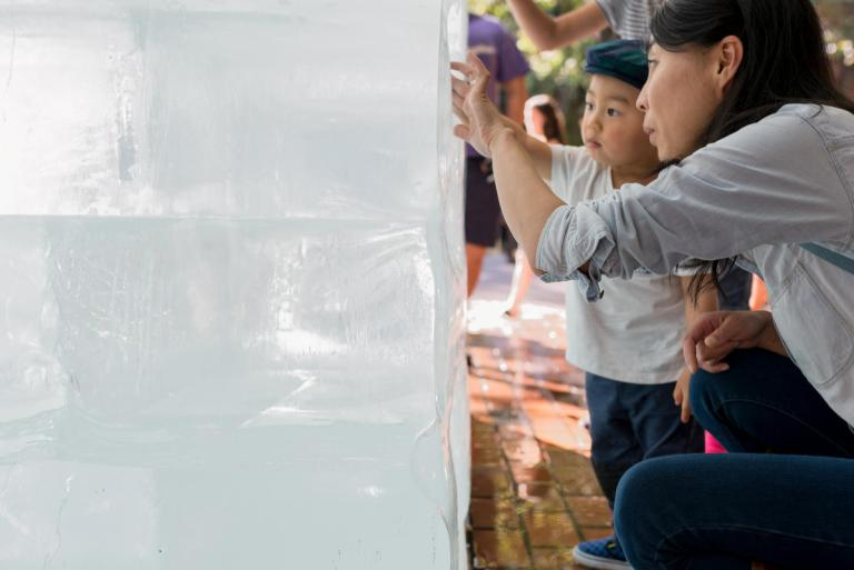 Interacting with Ice Cube by Olsen Kundig as part of Seattle Design Festival. Photo: Eirik Johnson