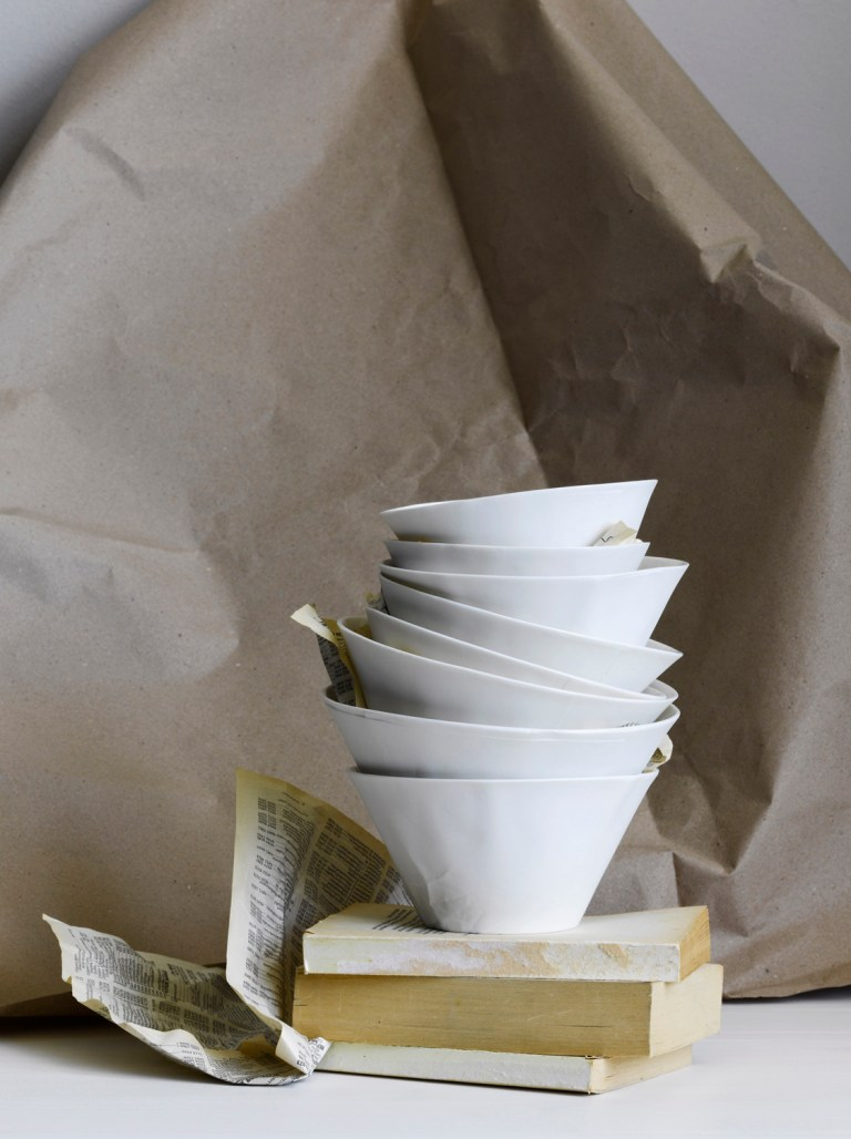 Paper series bowls by Hayden Youlley. Photography: Amanda Prior