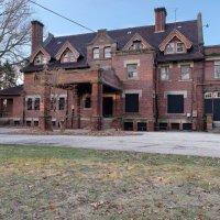 Vintage Structures | The Byron Robinson Mansion