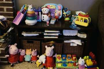 The clutter of toys