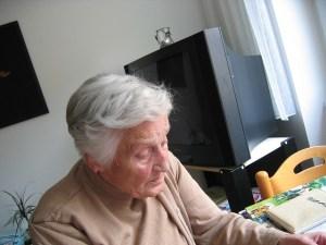 Foto von Senior - Senioren über risikoreiche Medikamente verschrieben