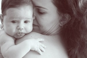 Photo of Woman with Baby: Breasfeeding Lowers Risk of Diabetes