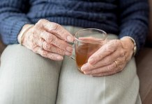 Tea Drinkers Live Longer Lives