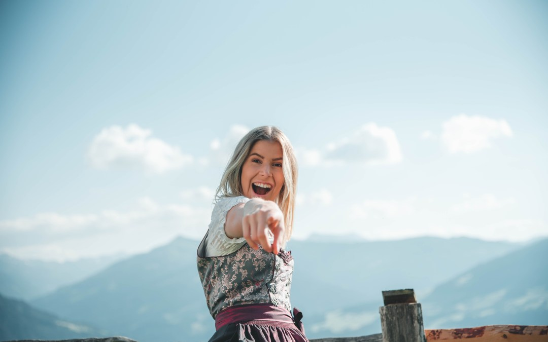 10 Tips to Carry Yourself with Confidence